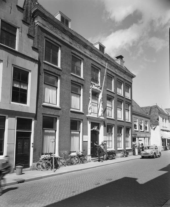 1962_71-910